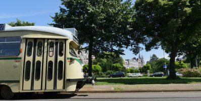 Tourist tram Den Haag